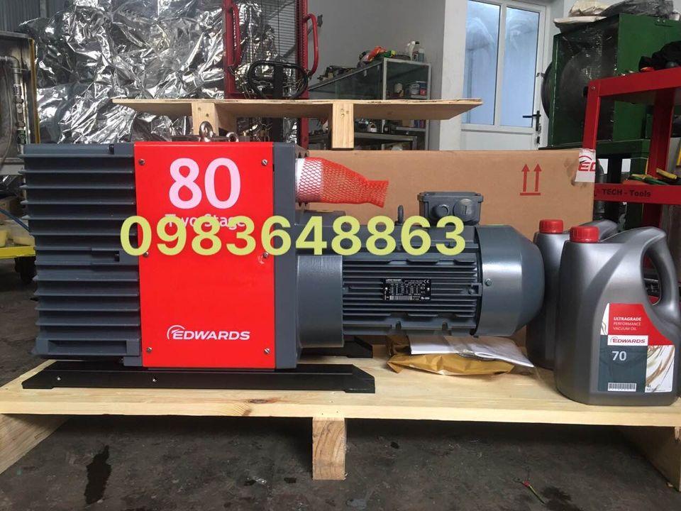 Bơm hút chân không vòng dầu hai cấp Edwards E2M80T4